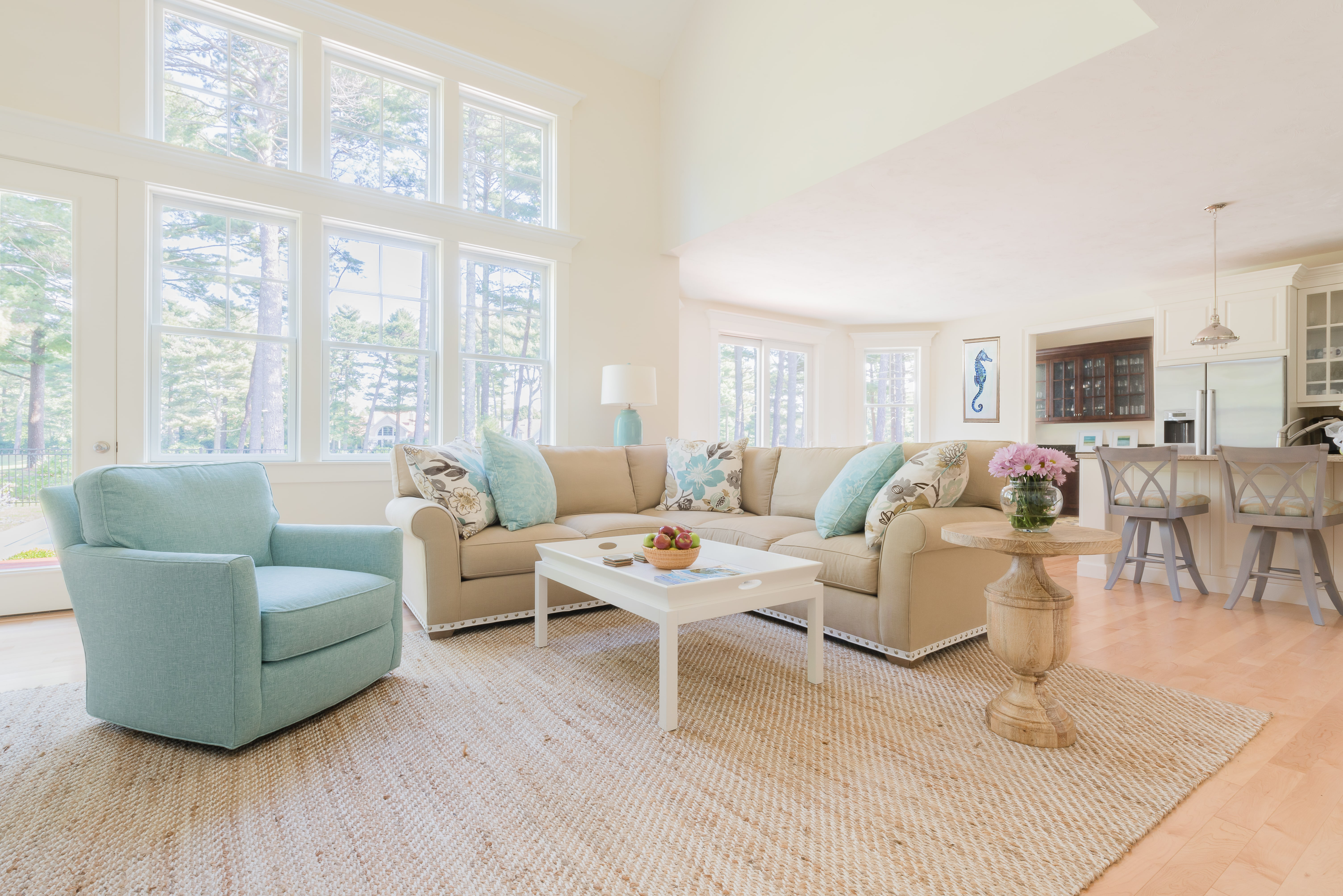 Circle Furniture - How to Expertly Decorate an Open Floor Plan
