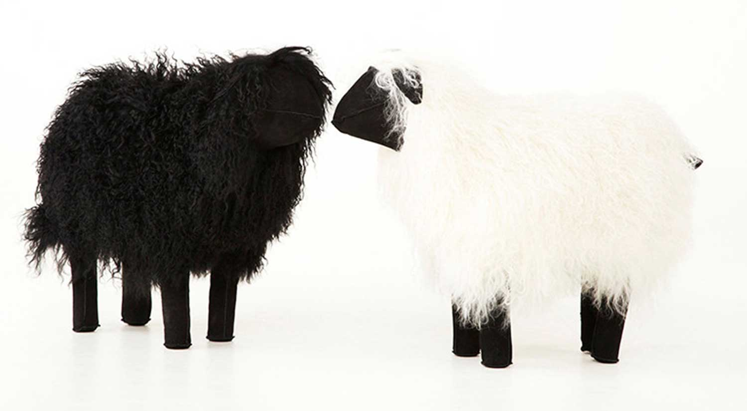 Circle Furniture Lamb Accessory Fun Gifts