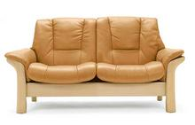 Buckingham Stressless Lowback Loveseat
