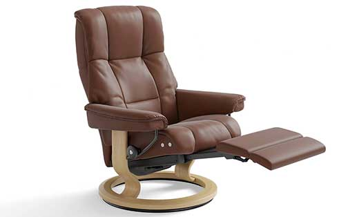 Mayfair Stressless Recliner with Leg Comfort