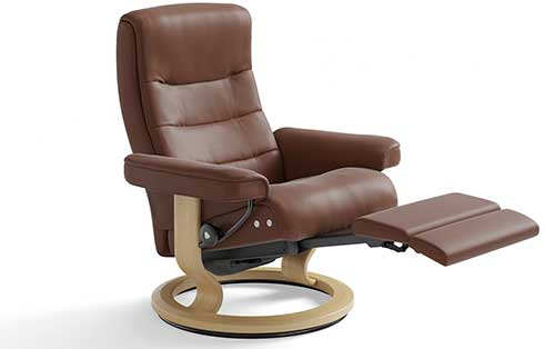 Nordic Stressless Recliner with Leg Comfort