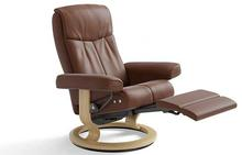 Peace Stressless Recliner with Leg Comfort