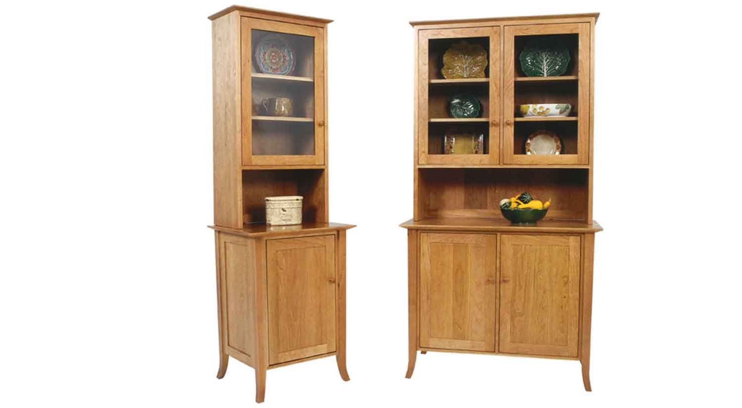 Circle furniture small flare leg buffet and hutch for Dining cabinet furniture