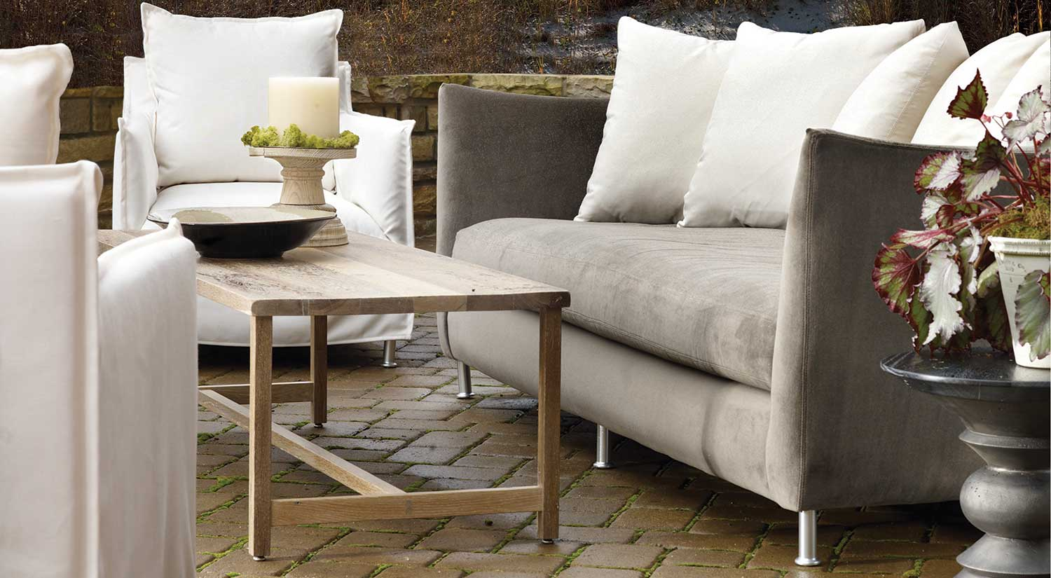 Oleander Outdoor Sofa