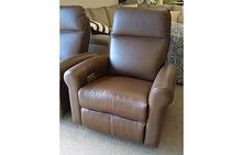 7000 Series Power Recliner in Brown