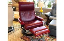 Aura Large Stressless Chair with Leg Comfort in Pioneer Red