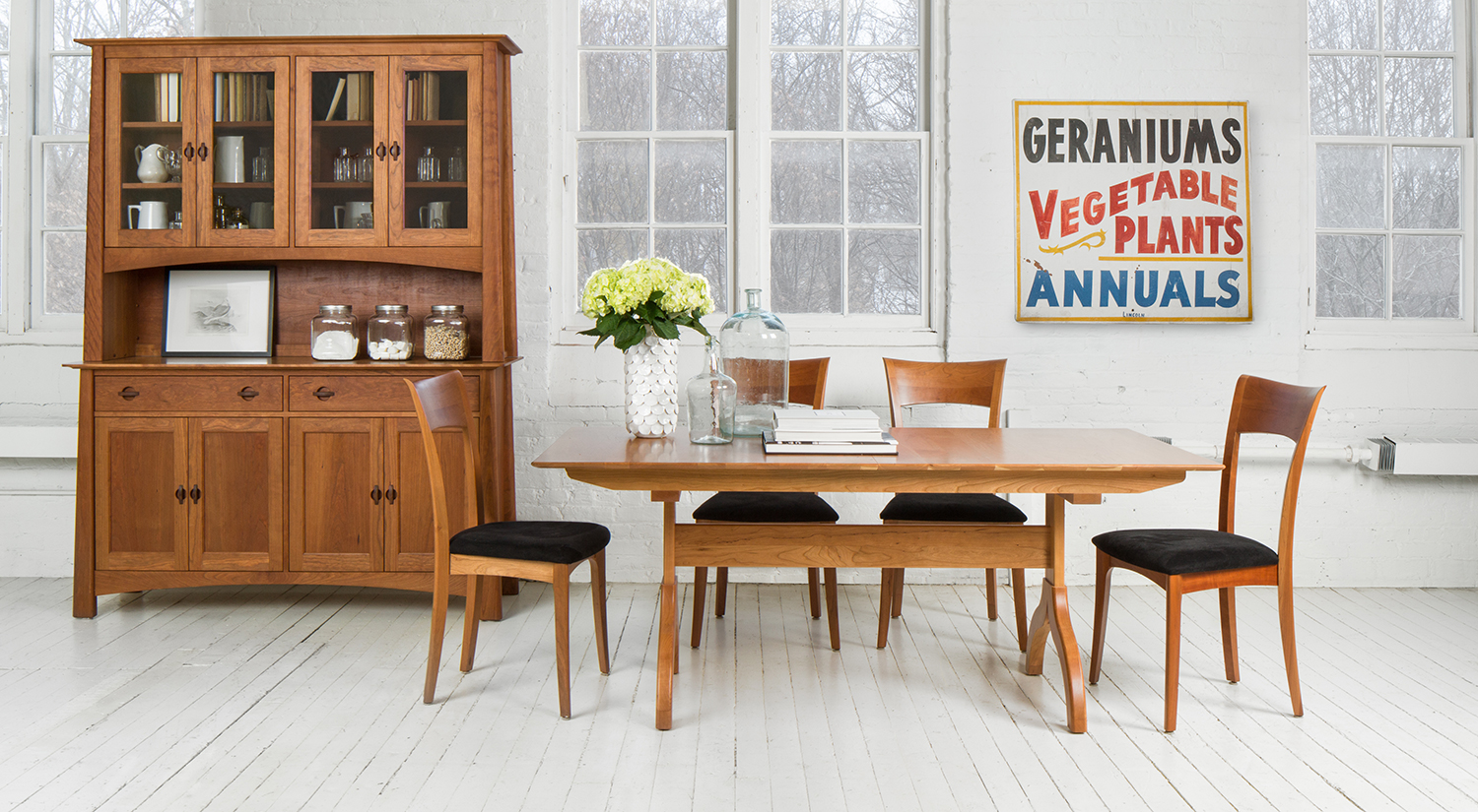Sarah Trestle Extension Table