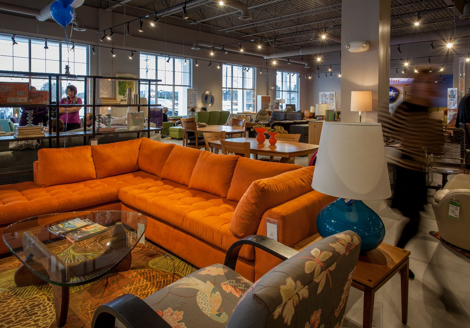 Circle Furniture S New Middleton Showroom Is Now Open Off Route 114