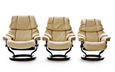 features and benefits of the stressless recliner